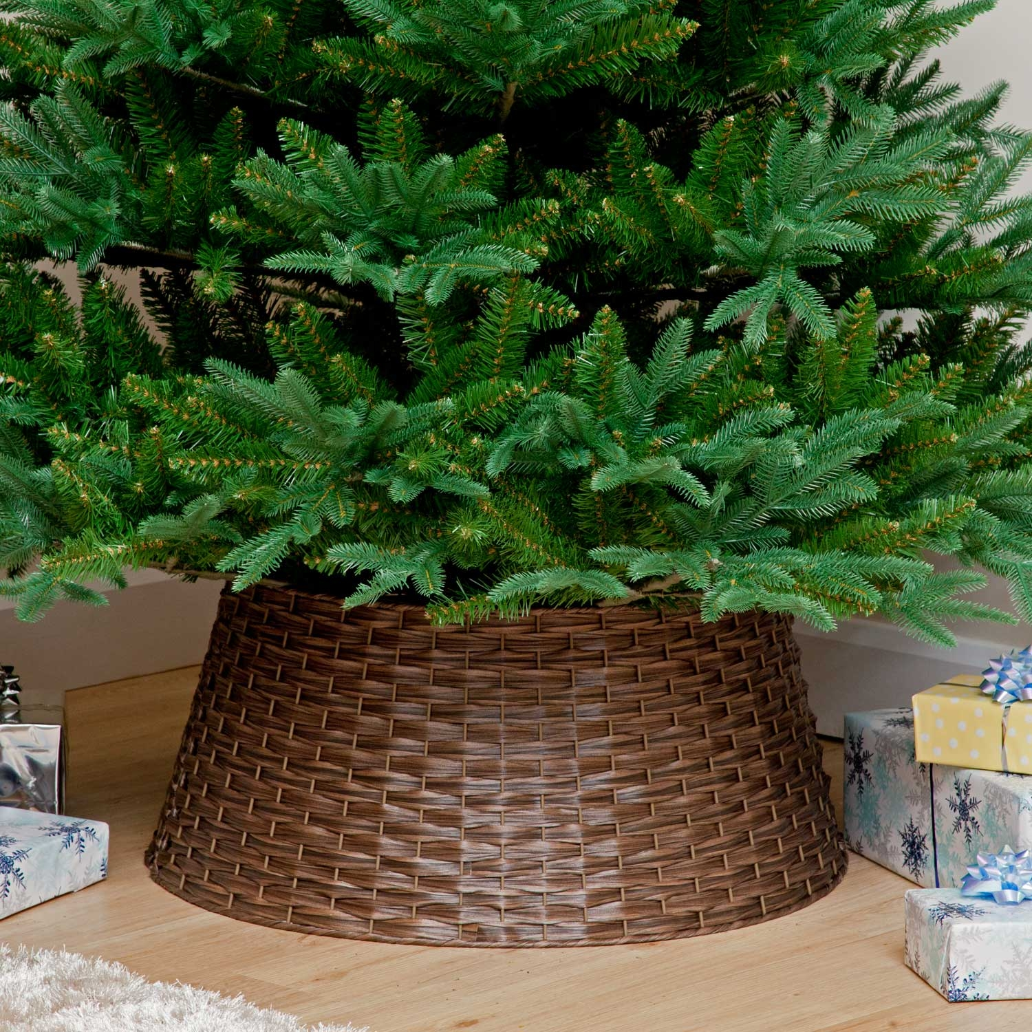 Christmas Trees and Lights Dark Brown Woven PVC Tree Collar