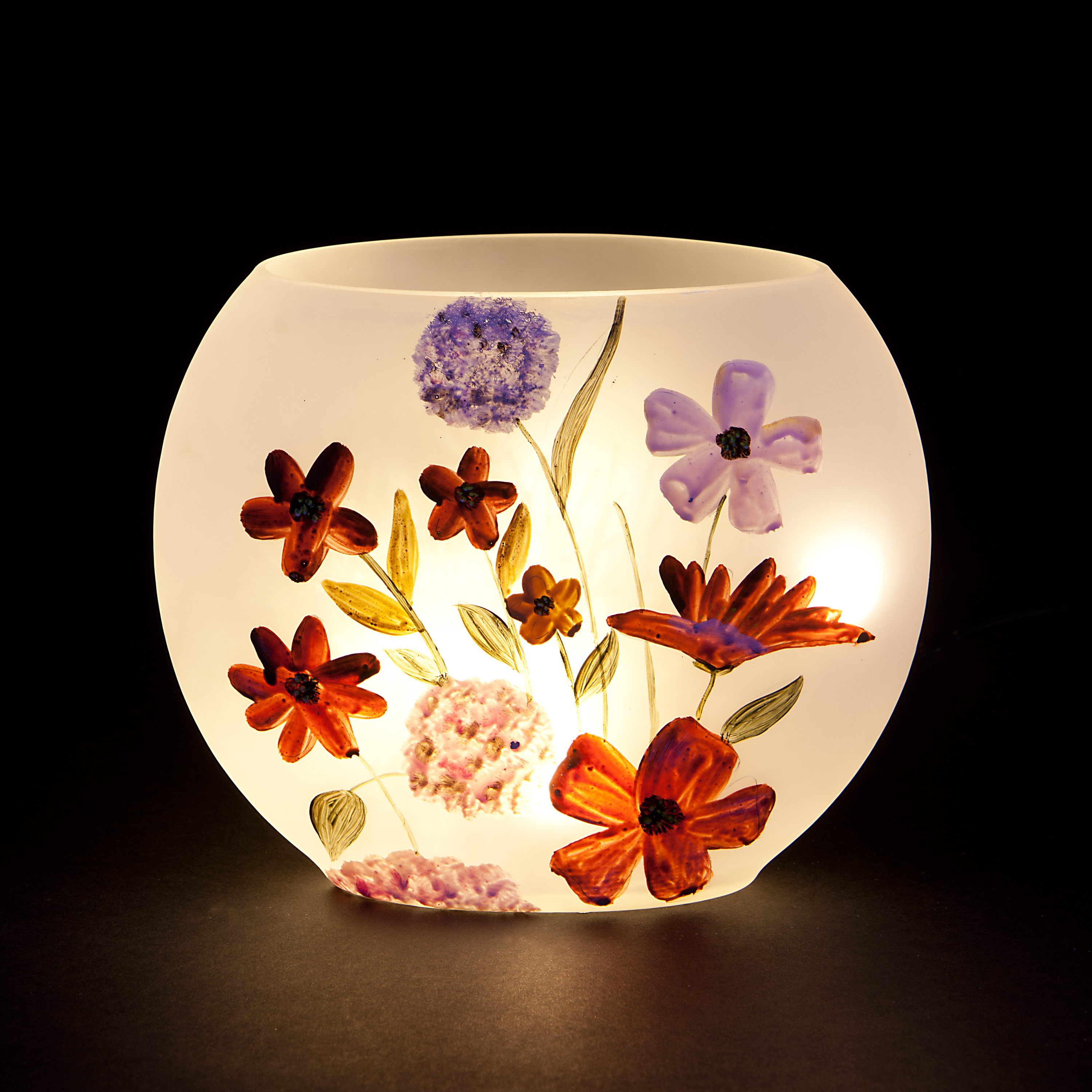 Christmas Decoration|Christmas Tree Decoration 'Pressed Flowers' Oval Vase with Warm White LEDs - Red
